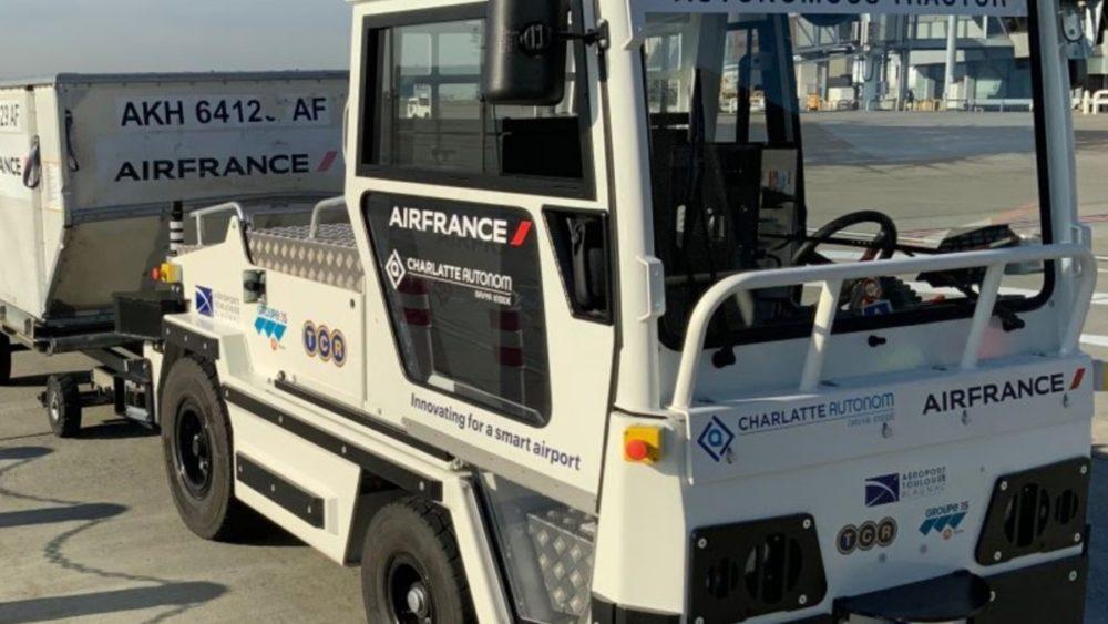 Air France - Tracteur à bagages sans chauffeur